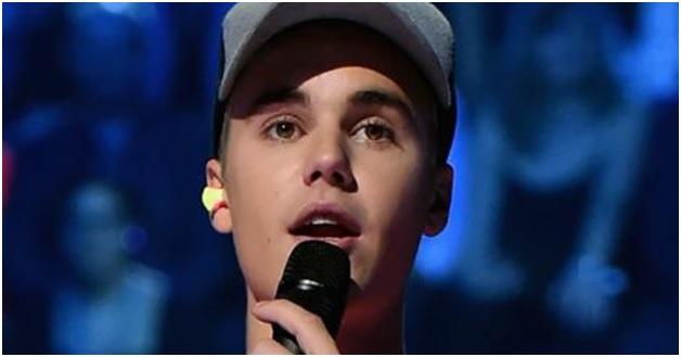 When it's noisy, even Justin Bieber wears earplugs